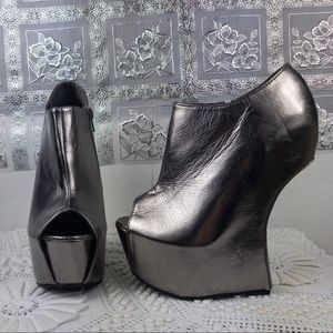 Metallic Faux Leather Inverted Half Wedges